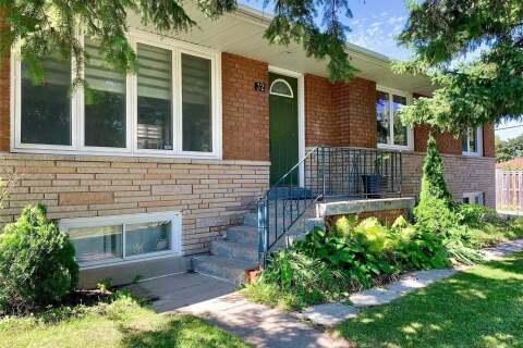 House for rent at 32 Parndon Pl Unit Main Toronto Ontario - MLS: E4855152