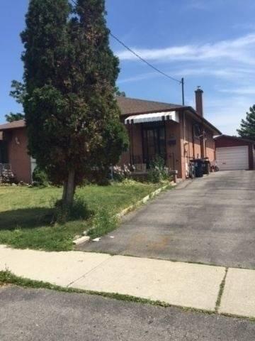 Townhouse for rent at 39 Stoneton Dr Unit Main Toronto Ontario - MLS: E4550861