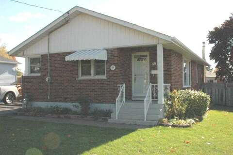 House for rent at 49 Grassmere Ct Unit Main Oshawa Ontario - MLS: E4956351