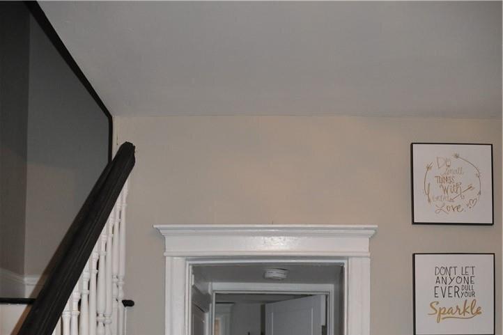 Apartment for rent at 597 Wilson St Unit MAIN Hamilton Ontario - MLS: H4093865