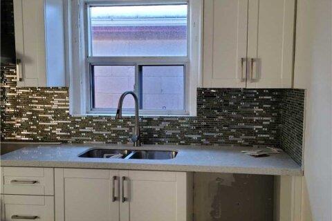 House for rent at 62 Madawaska Ave Unit Main Toronto Ontario - MLS: C4975889