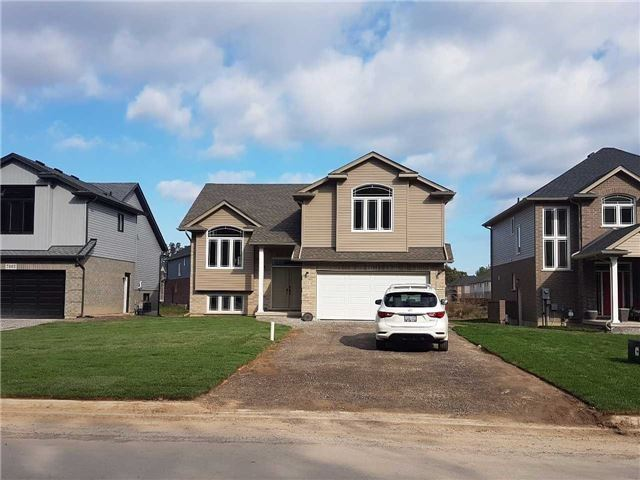 For Rent: 7733 Oldfield Road, Niagara Falls, ON   3 Bed, 2 Bath House for $1,600. See 1 photos!