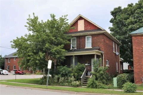 House for rent at 86 Peter St Unit Main Orillia Ontario - MLS: S4978307