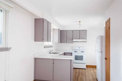 House for rent at 92 Melbert Rd Unit Main Toronto Ontario - MLS: W4502619