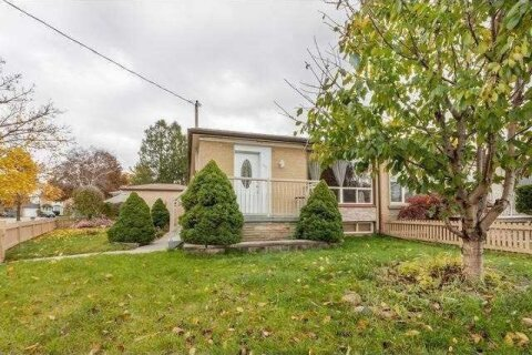 Townhouse for rent at 301 Browndale Cres Unit Main Fl Richmond Hill Ontario - MLS: N4983168