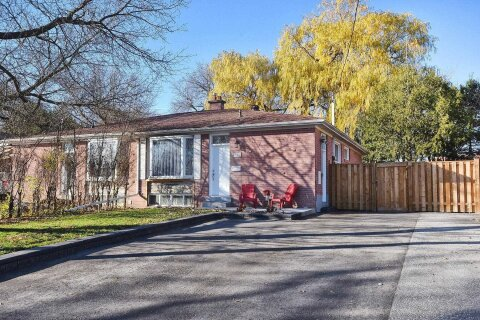 Townhouse for rent at 304 Demaine Cres Unit Main Fl Richmond Hill Ontario - MLS: N4991334