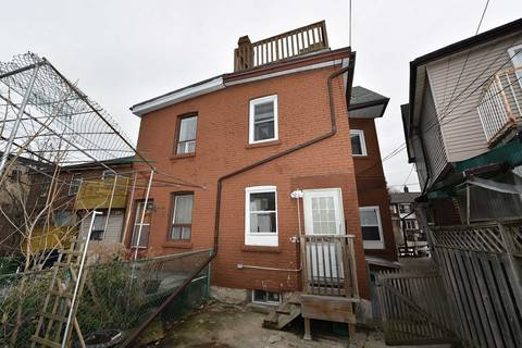 Townhouse for rent at 439 Crawford St Unit Main Fl Toronto Ontario - MLS: C4690340