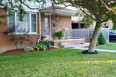 Townhouse for rent at 810 Vernon St Unit Main Fl Whitby Ontario - MLS: E4936984