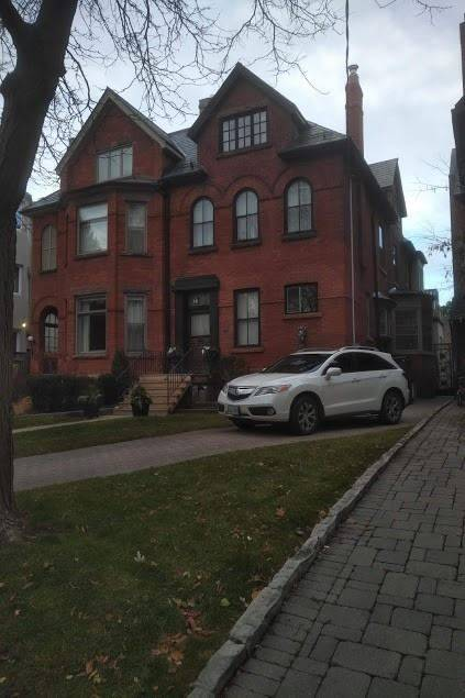 Townhouse for rent at 49 Rosedale Rd Unit Mn Flr Toronto Ontario - MLS: C4647637