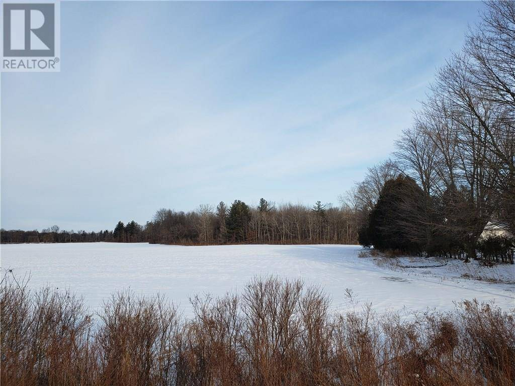 Residential property for sale at 0 Pinegrove Rd Delhi Ontario - MLS: 30786353