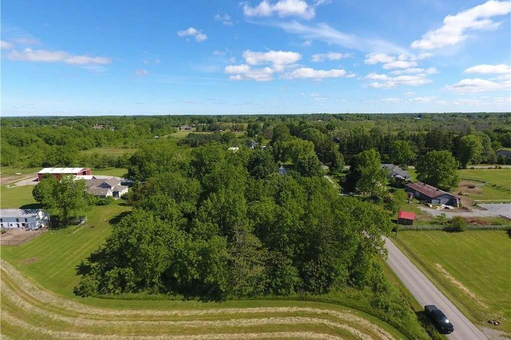 Home for sale at N/A Pleasant Beach Rd Port Colborne Ontario - MLS: 30813372
