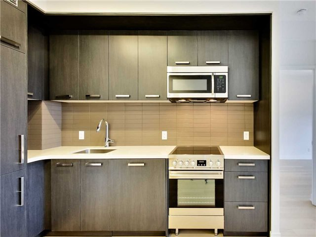 For Rent: N1009 - 455 Front Street, Toronto, ON | 2 Bed, 2 Bath Condo for $2,800. See 20 photos!