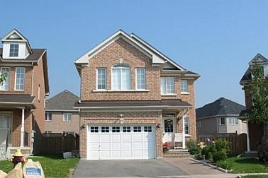 For Sale: N3983381, Richmond Hill, ON | 4 Bed, 4 Bath House for $1,200,000. See 1 photos!