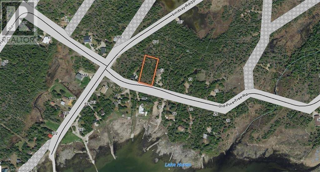 Residential property for sale at  Old Pine Tree Rd Northern Bruce Peninsula Ontario - MLS: 213464