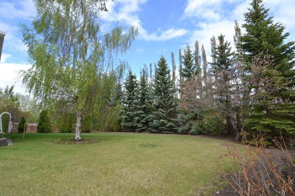 Residential property for sale at ON 10 Ave NE Three Hills Alberta - MLS: CA0191489