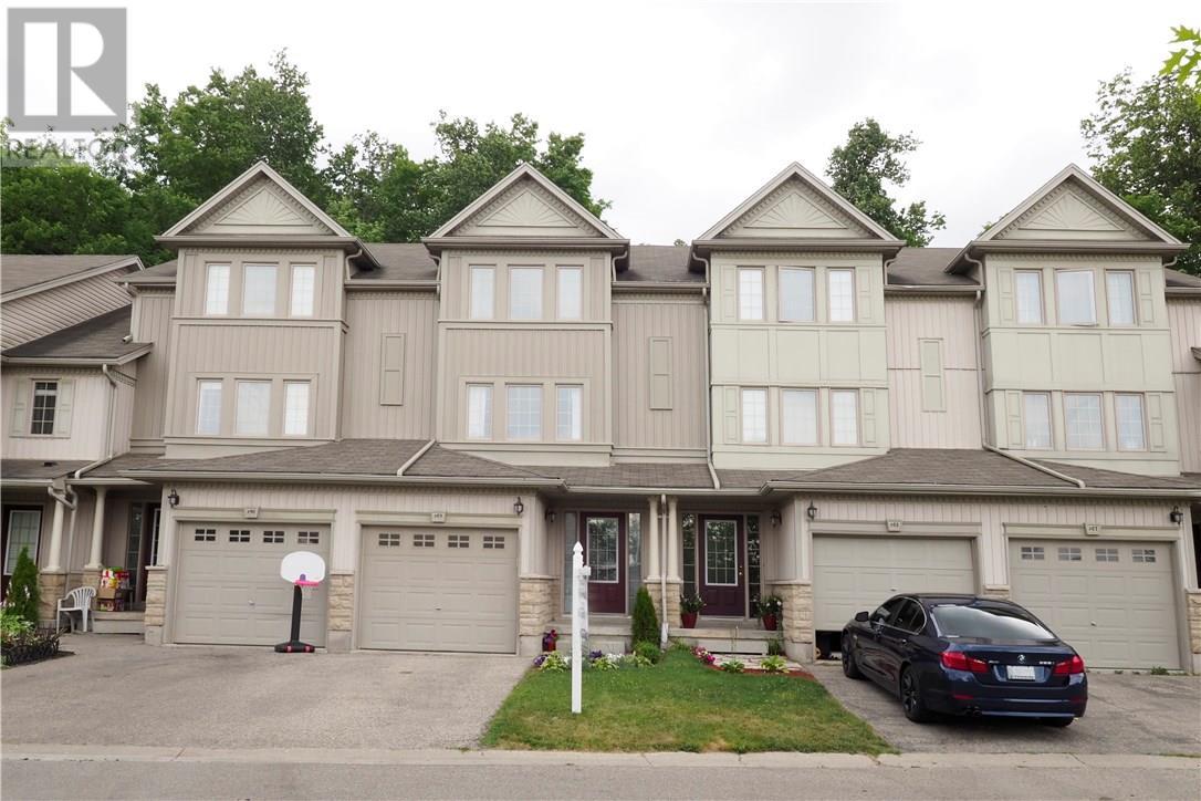 Buliding: 175 David Bergey Drive, Kitchener, ON