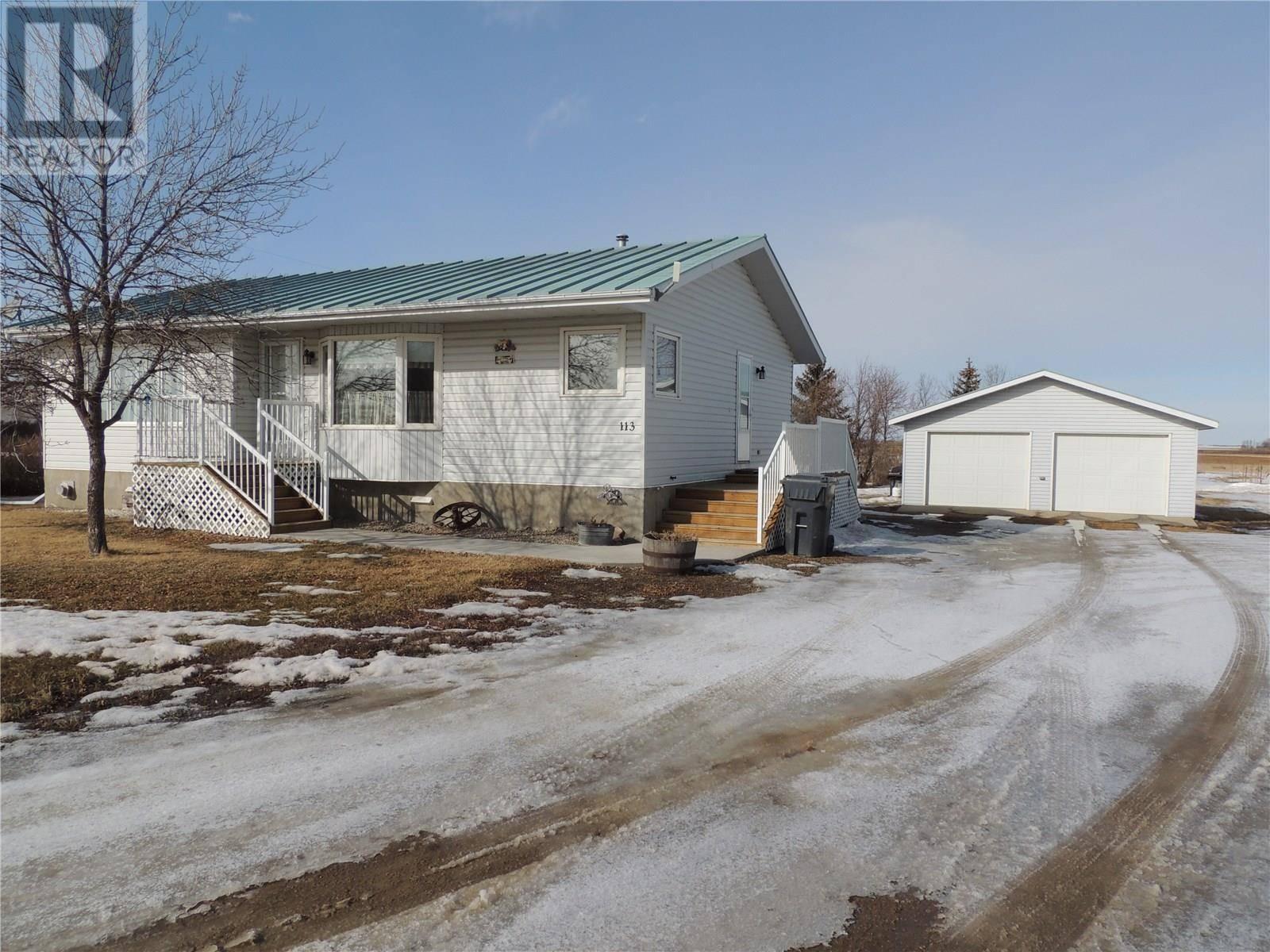 House for sale at  Parkin Acreage  Estevan Rm No. 5 Saskatchewan - MLS: SK800811