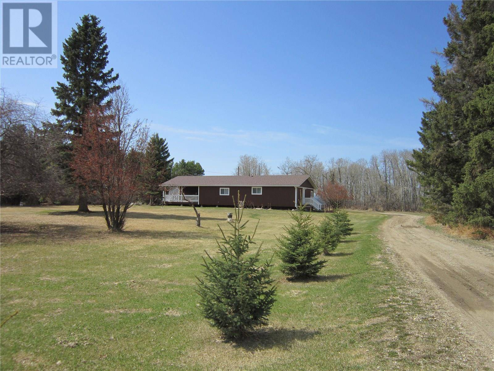 House for sale at  Peaceful Acreage  Torch River Rm No. 488 Saskatchewan - MLS: SK800934