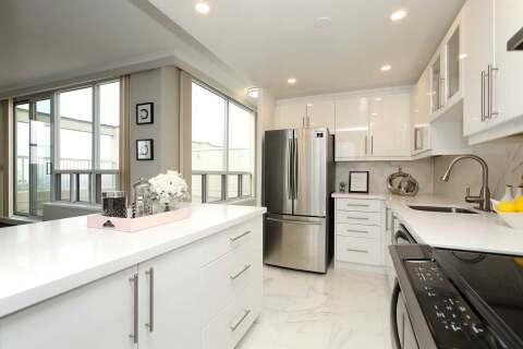 Townhouse for rent at 60 Pleasant Blvd Unit Ph 1 Toronto Ontario - MLS: C4779187