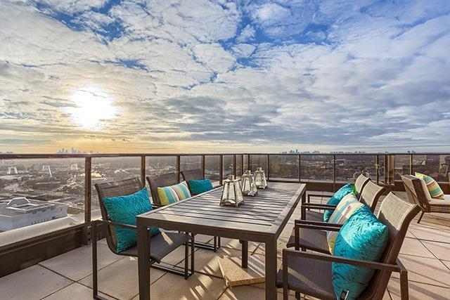For Sale: Ph 303 - 133 Wynford Drive, Toronto, ON | 2 Bed, 2 Bath Condo for $978,600. See 20 photos!