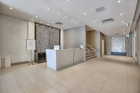 Condo for sale at 15277 Yonge St Unit Ph 701 Aurora Ontario - MLS: N4704374