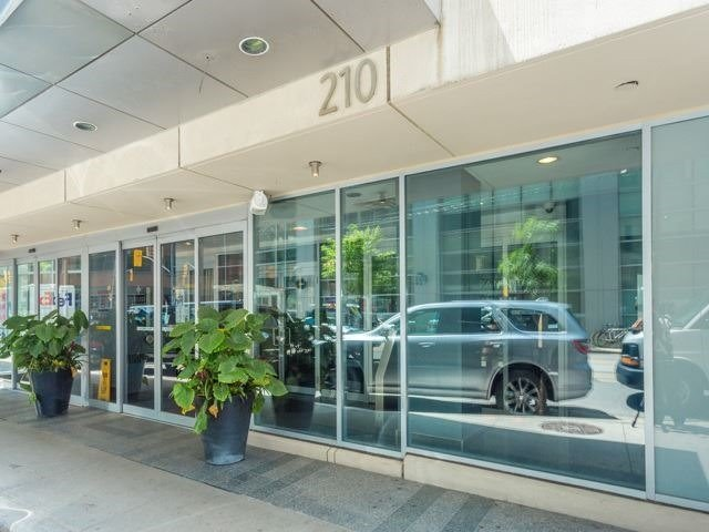 For Sale: Ph09 - 210 Victoria Street, Toronto, ON | 2 Bed, 3 Bath Condo for $965,000. See 19 photos!