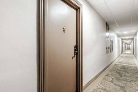 Condo for sale at 3120 Kirwin Ave Unit Ph09 Mississauga Ontario - MLS: W4600141