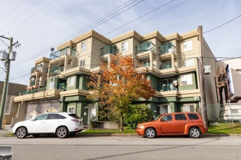 Condo for sale at 868 Kingsway  Unit PH2 Vancouver British Columbia - MLS: R2495070