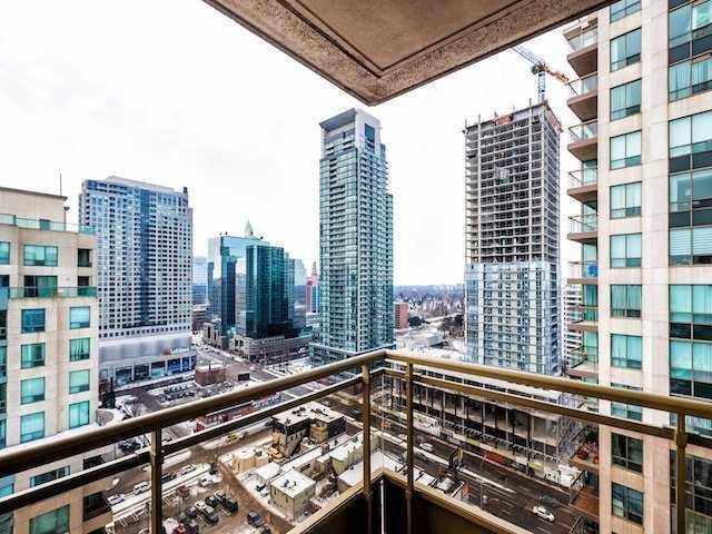For Sale: Ph210 - 256 Doris Avenue, Toronto, ON | 3 Bed, 2 Bath Condo for $719,000. See 15 photos!