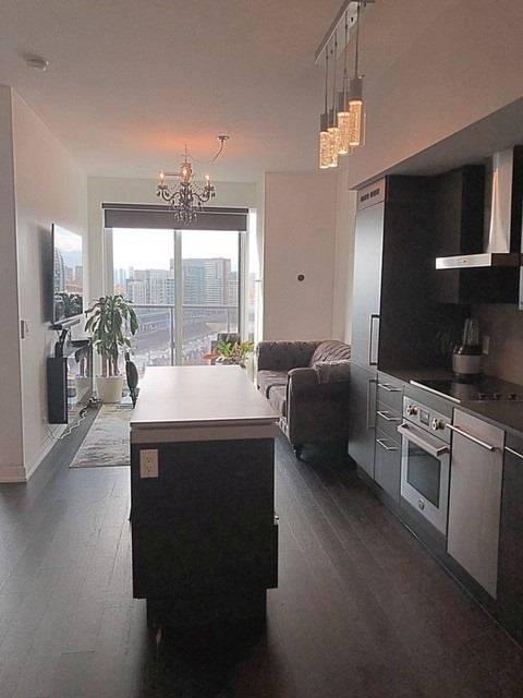 Apartment for rent at 1030 King St Unit Ph22 Toronto Ontario - MLS: C4653538