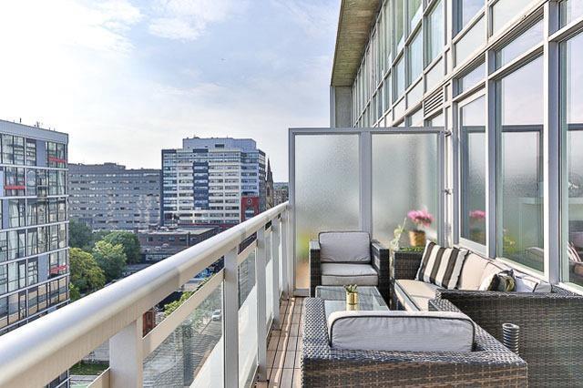 For Sale: Ph6 - 38 Niagara Street, Toronto, ON | 2 Bed, 3 Bath Condo for $1,249,000. See 20 photos!