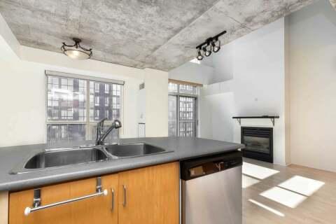 Apartment for rent at 800 King St Unit Ph808 Toronto Ontario - MLS: C4831185