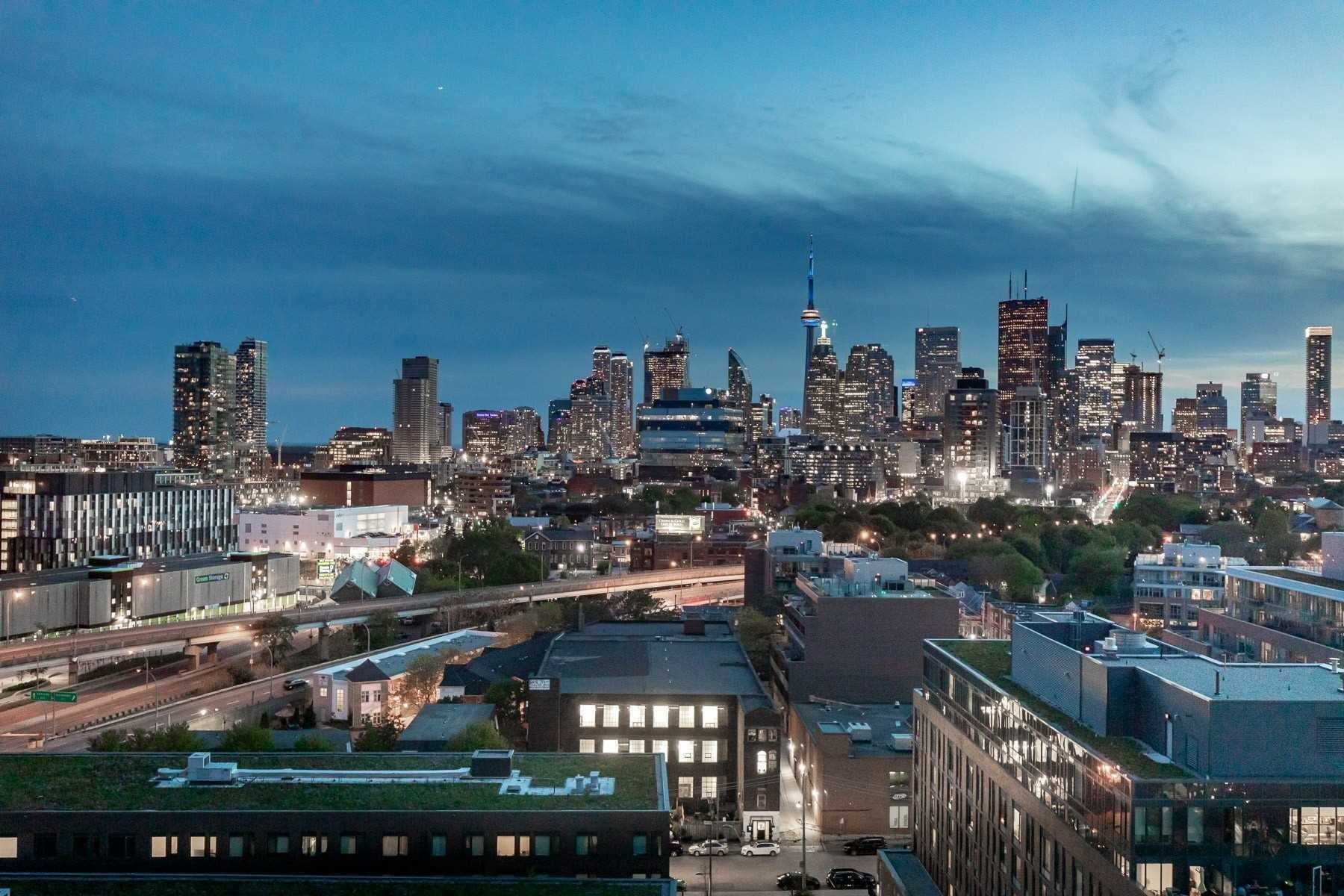 River City Condos: 32 Trolley Crescent, Toronto, ON