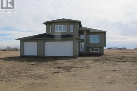 House for sale at  Pheasant Meadows Estate  Dundurn Rm No. 314 Saskatchewan - MLS: SK763494