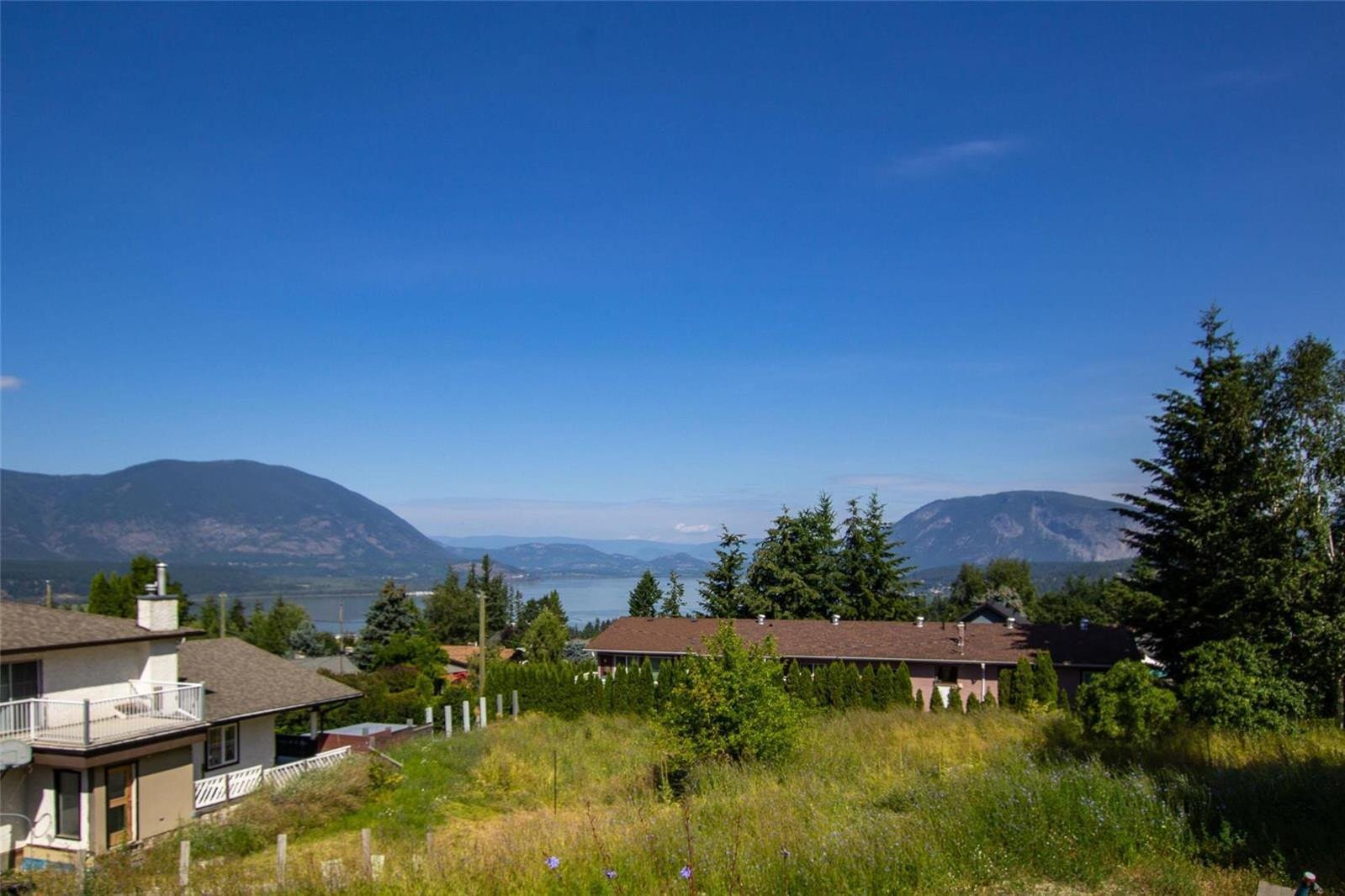 Home for sale at 1170 15 St Southeast Unit Prop Lot 2 Salmon Arm British Columbia - MLS: 10194937