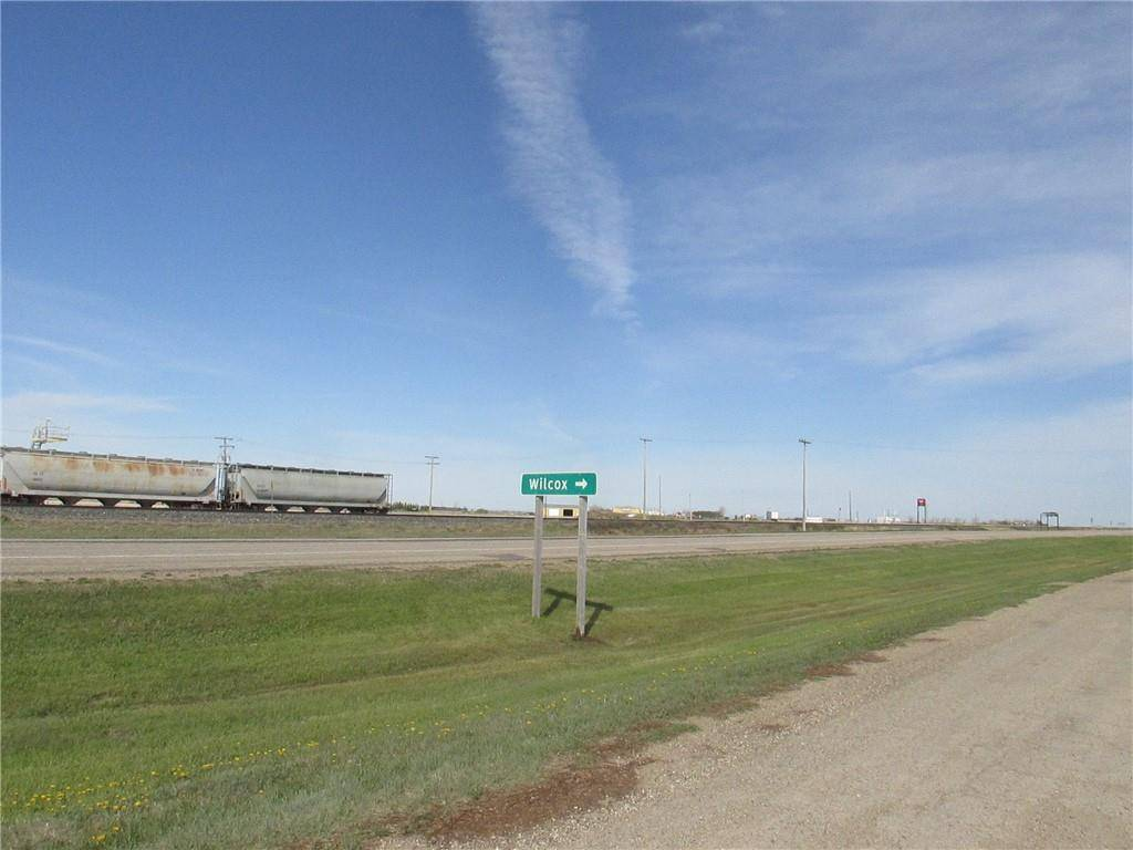 Railway Avenue, Out Of Province_alberta | Image 1