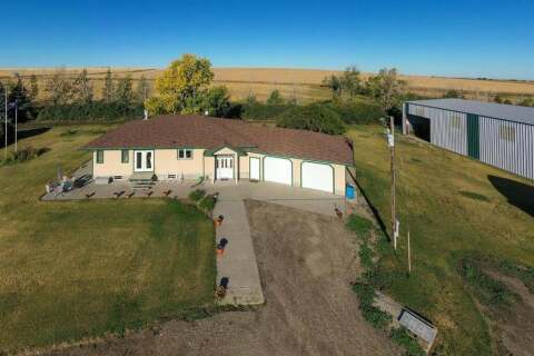 House for sale at  Range Rd 261 And Twp 402  Rural Vulcan County Alberta - MLS: C4301709