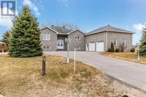 House for sale at  Rue Eric  Lafontaine Ontario - MLS: 187375