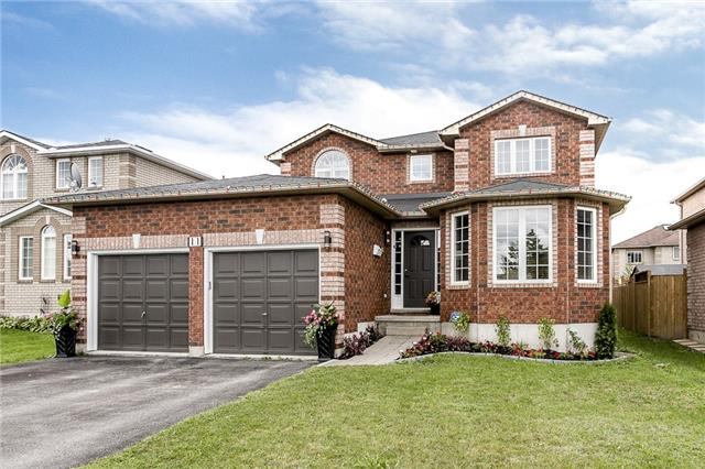 For Sale: S3922189, Barrie, ON | 4 Bed, 4 Bath House for $649,900. See 10 photos!