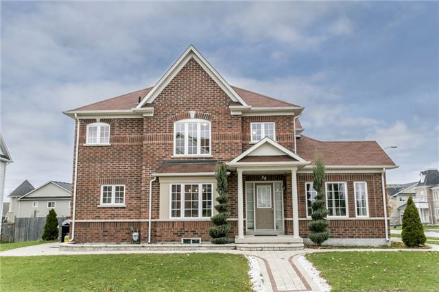For Sale: S3986151, Barrie, ON   3 Bed, 3 Bath House for $647,900. See 10 photos!