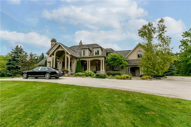 For Sale: S4039035, Springwater, ON | 4 Bed, 5 Bath House for $2,350,000. See 15 photos!