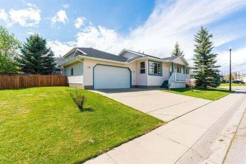 House for sale at 319 Sandstone Me Okotoks Alberta - MLS: C4297606