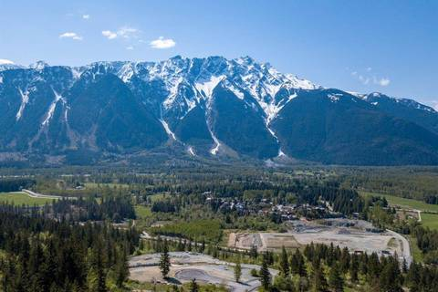 Home for sale at 0 Whitecap St Pemberton British Columbia - MLS: R2422822