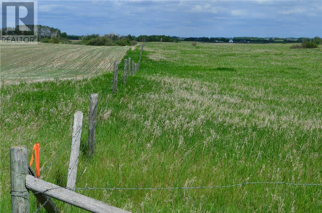 Home for sale at  5 Acres North Unit Sochocky Corman Park Rm No. 344 Saskatchewan - MLS: SK780113