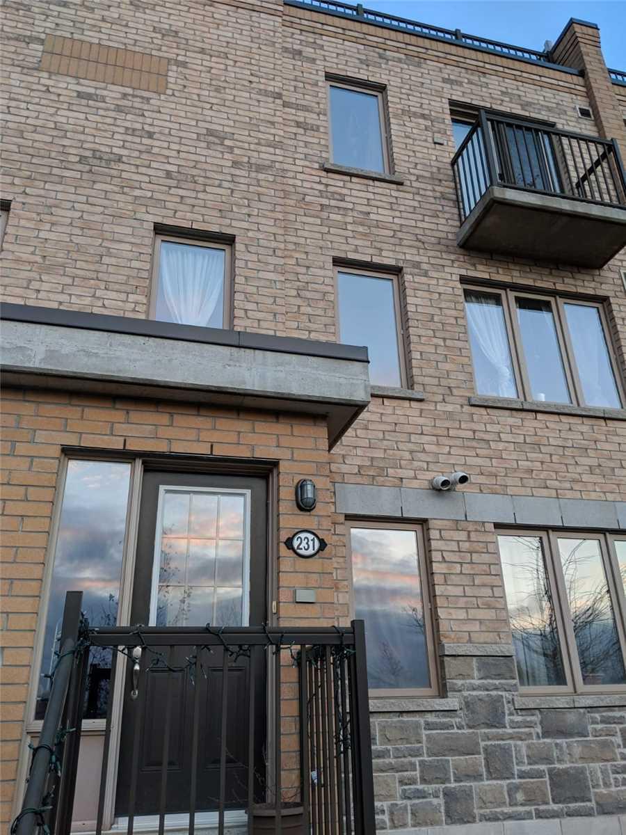 Buliding: 10 Foundry Avenue, Toronto, ON