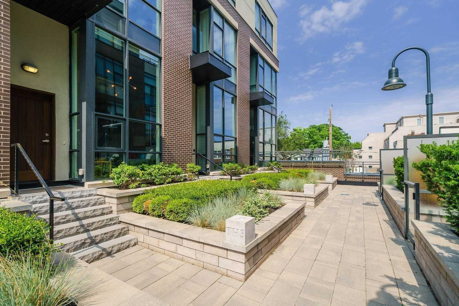 For Rent: Th3 - 2 Bellefair Avenue, Toronto, ON | 3 Bed, 4 Bath Townhouse for $5895.00. See 25 photos!