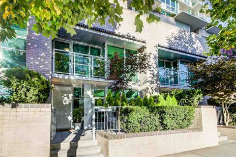 Townhouse for sale at 188 Esplanade Ave E Unit TH5 North Vancouver British Columbia - MLS: R2435999