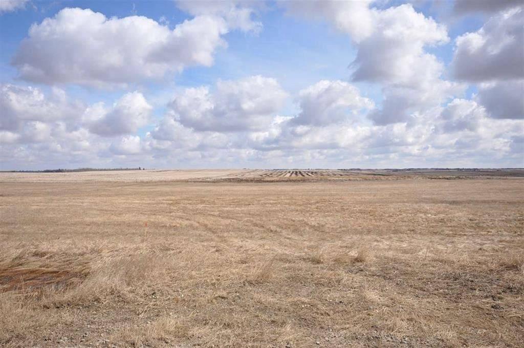 Home for sale at 554 Range Rd Unit Twp Rural Sturgeon County Alberta - MLS: E4144561