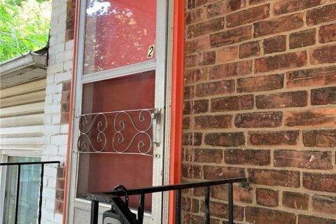 Townhouse for rent at 71 East St Unit Unit 2 Hamilton Ontario - MLS: X4961103