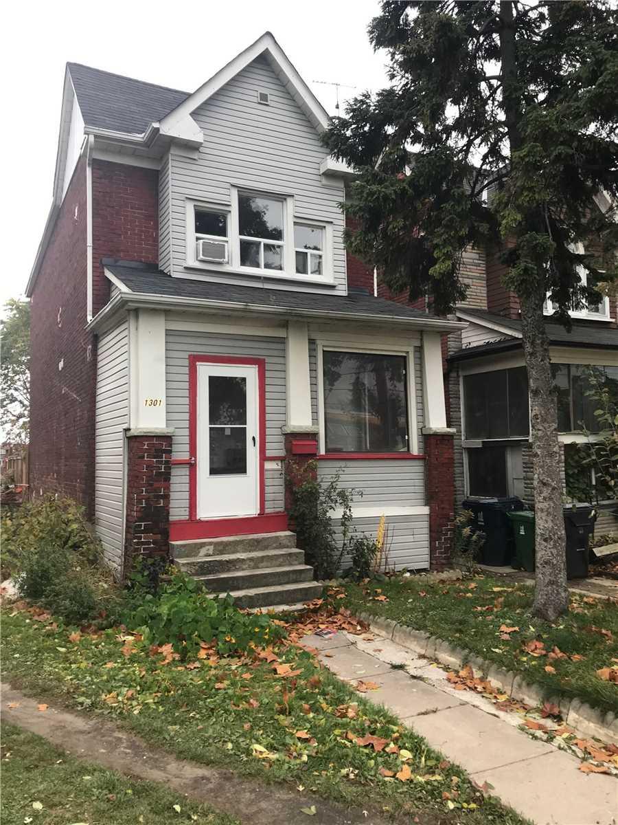 Inactive: Upper - 1301 Dupont Upper Level Street, Toronto, ON